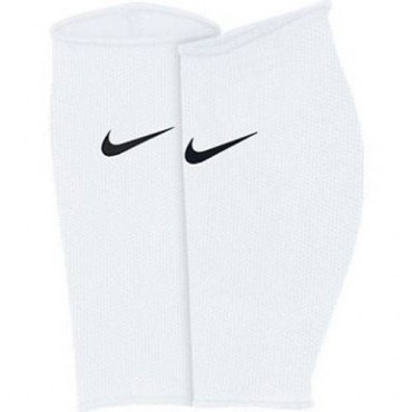 Чулок Nike Guard Lock Elite Sleeve