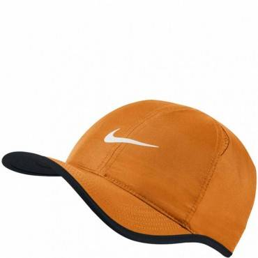 Бейсболка Nike Court Feather Light Cap